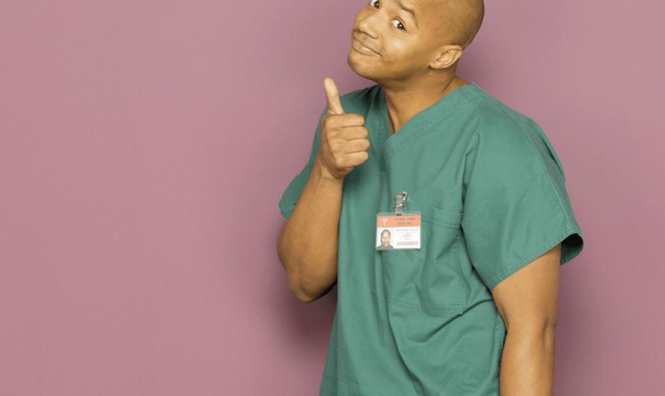 Актер сериала «Клиника» зол на Epic Games